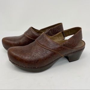 Dansko Brown Tooled Leather Slingback Clogs 39